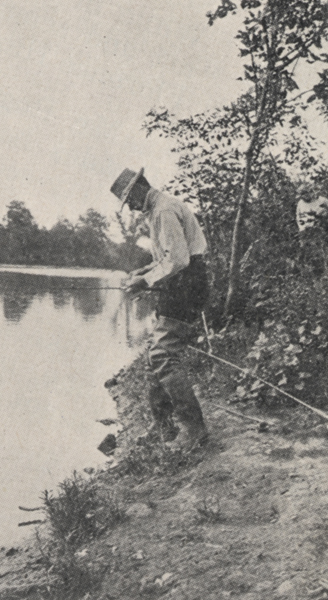 Ben thompson fishing along the scioto river 1918 for Fishing in columbus ohio