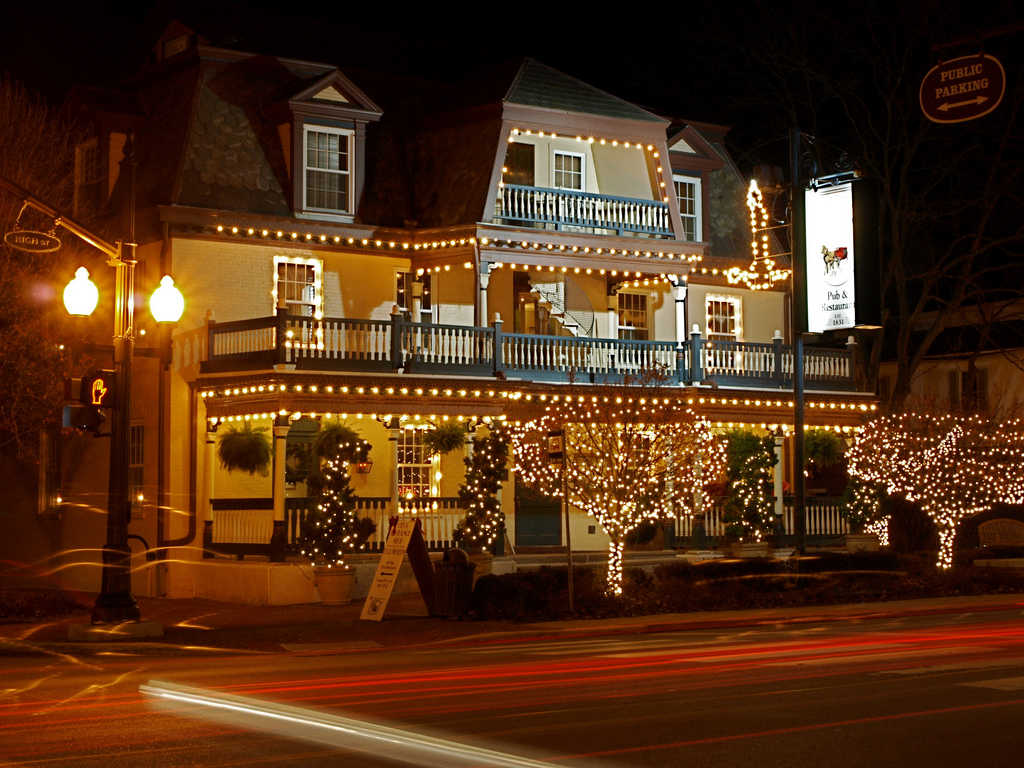 front of Worthington Inn at night