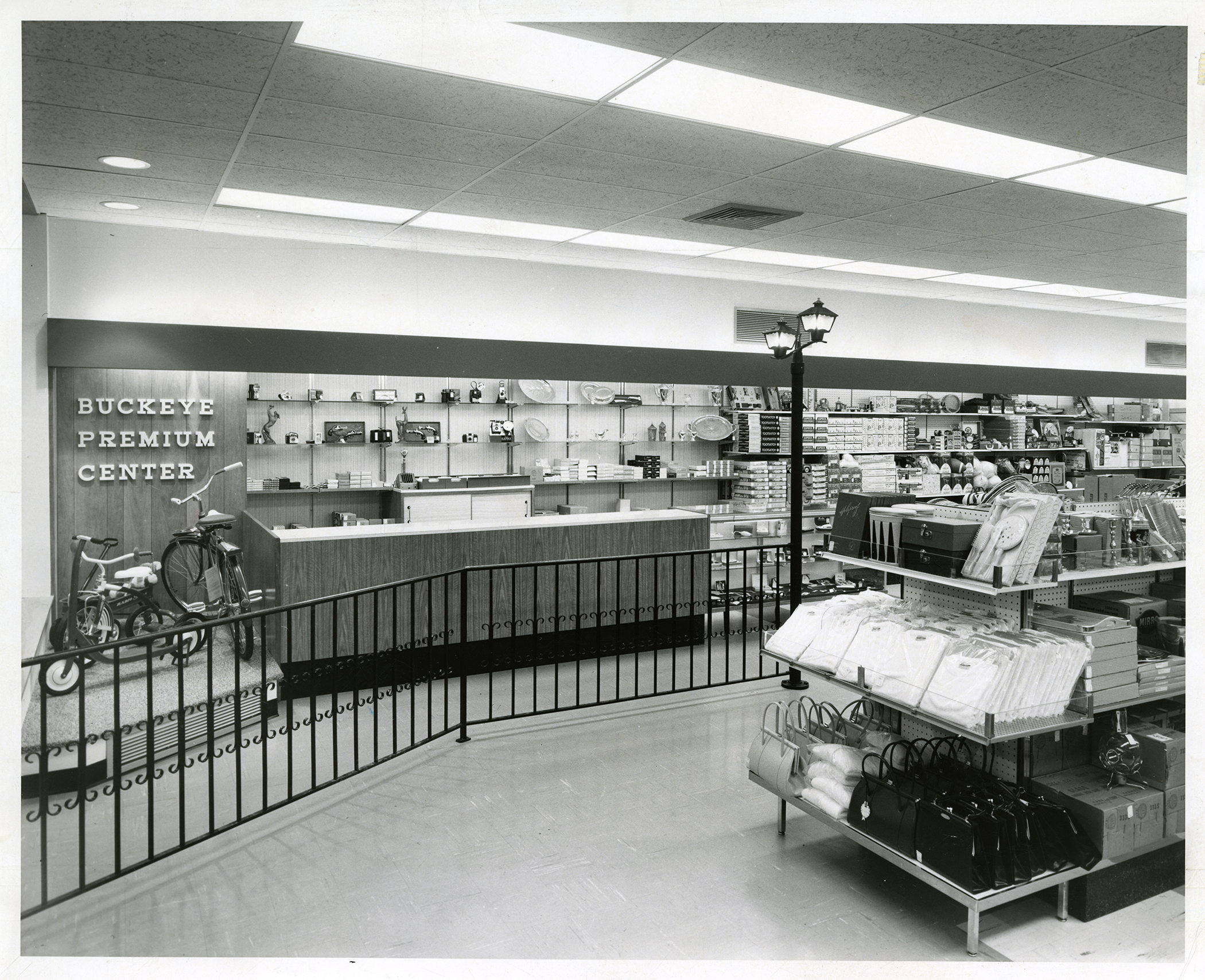 big-bear-4632-e-main-st-redemption-1959