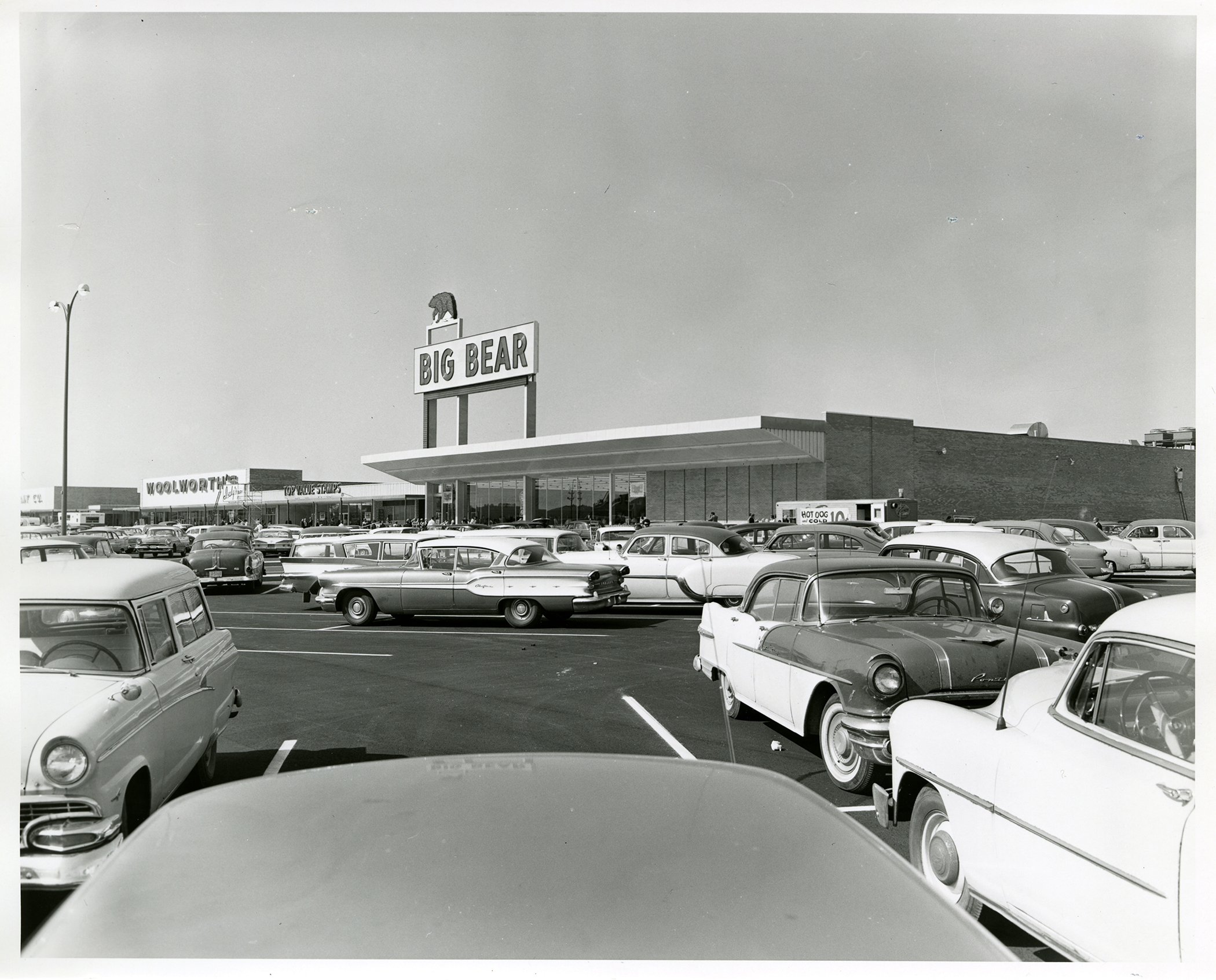 big-bear-southgate-heath-ohio-1960-1
