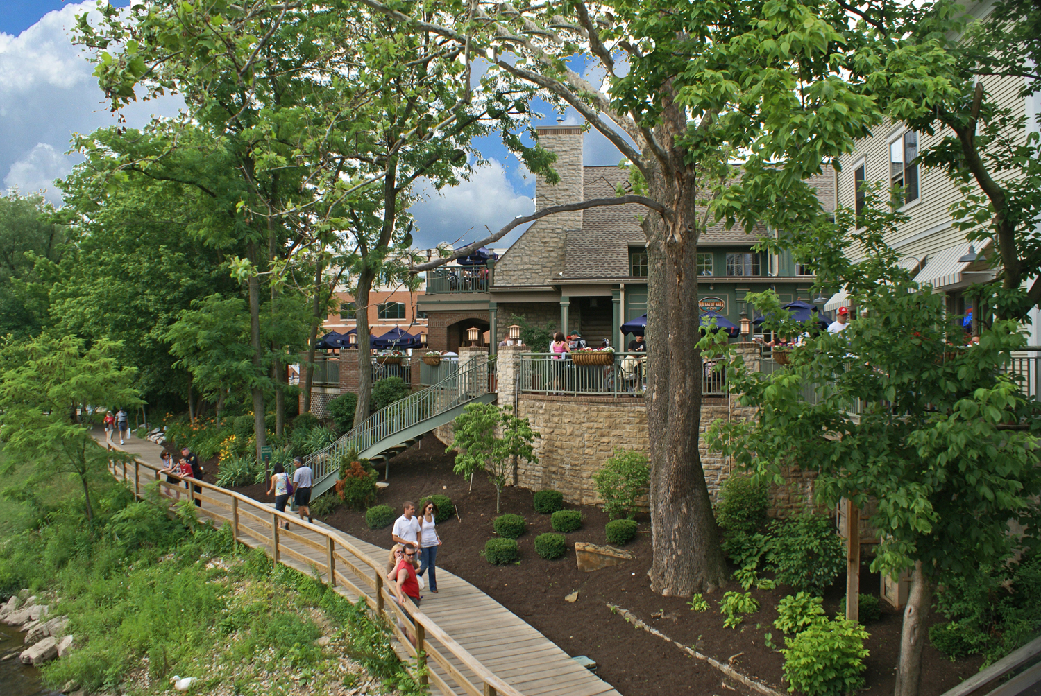 Creekside Park (courtesy of Gahanna Convention & Visitors Bureau)