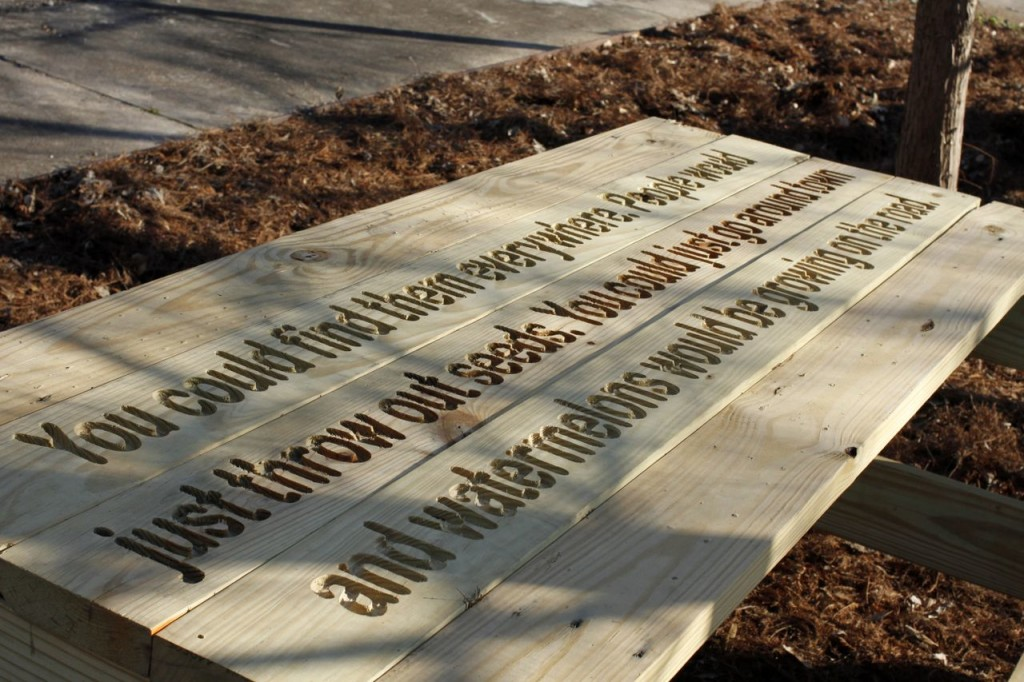 A Fallen Fruit picnic table in York, Alabama. Credit: fallenfruit.org