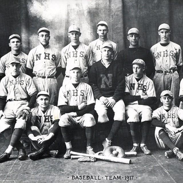 1917 North High School baseball team - Columbus Neighborhoods: http://columbusneighborhoods.org/photograph/1917-north-high-school-baseball-team/